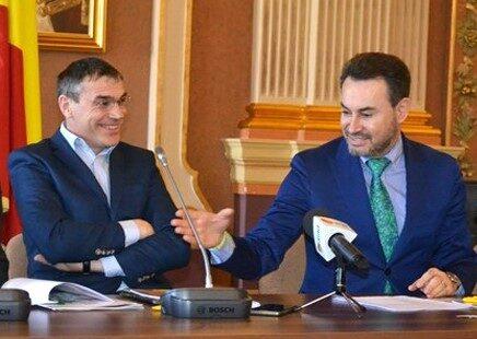 Cum conduce UTA Alexandru Meszar FĂRĂ funcție oficială în acte?