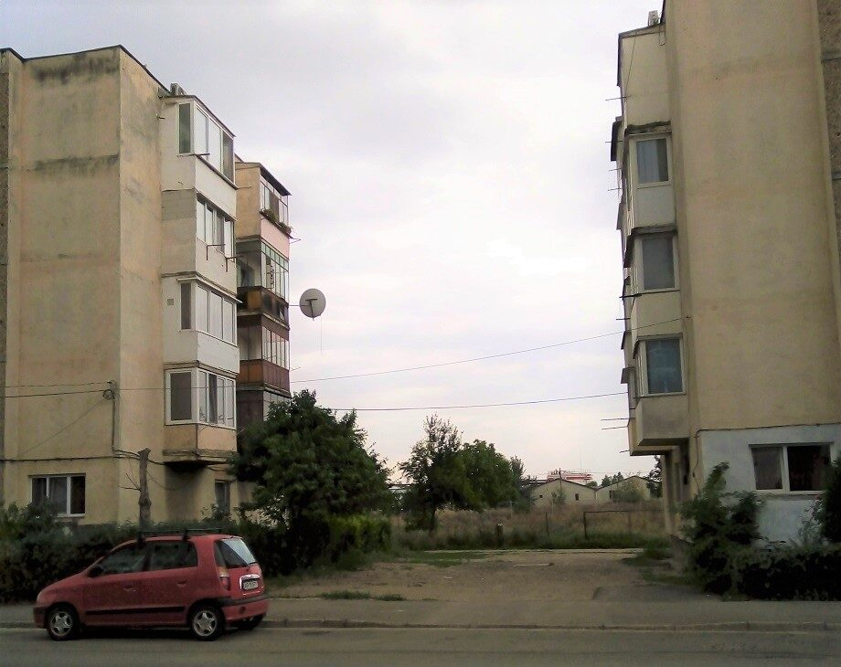 Spații verzi din Arad abandonate și ignorate de administrație — episodul II